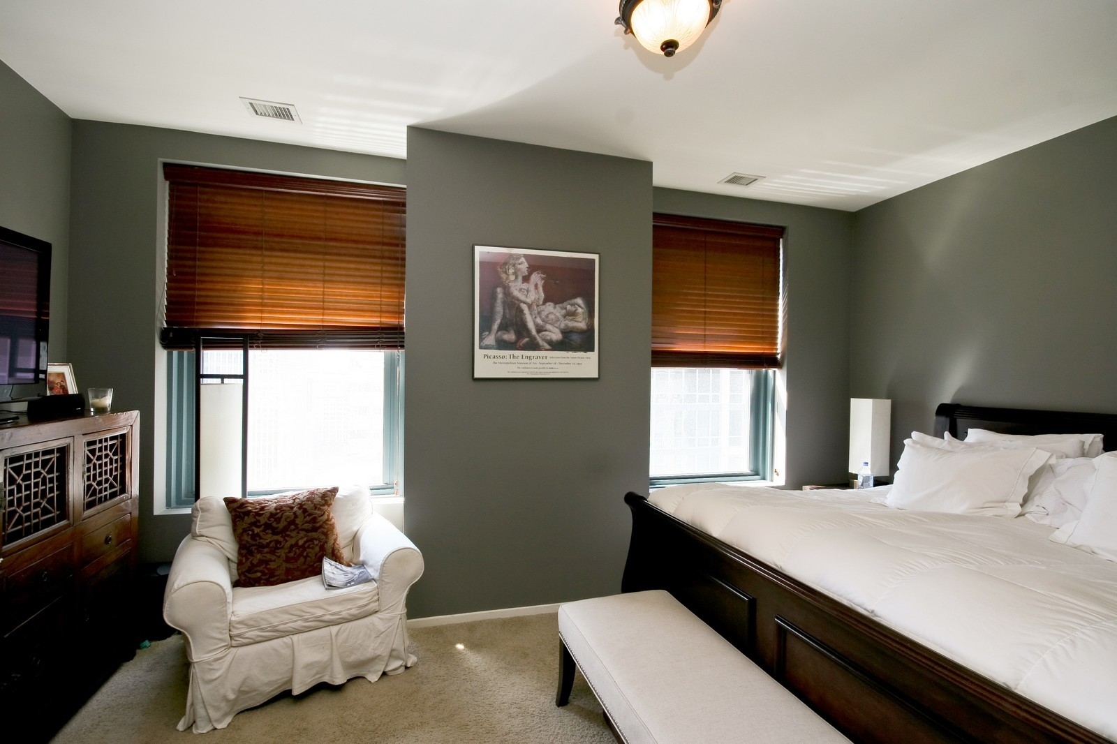 Real Estate Photography - 208 W Washington, Unit 2207, Chicago, IL, 60606 - Master Bedroom