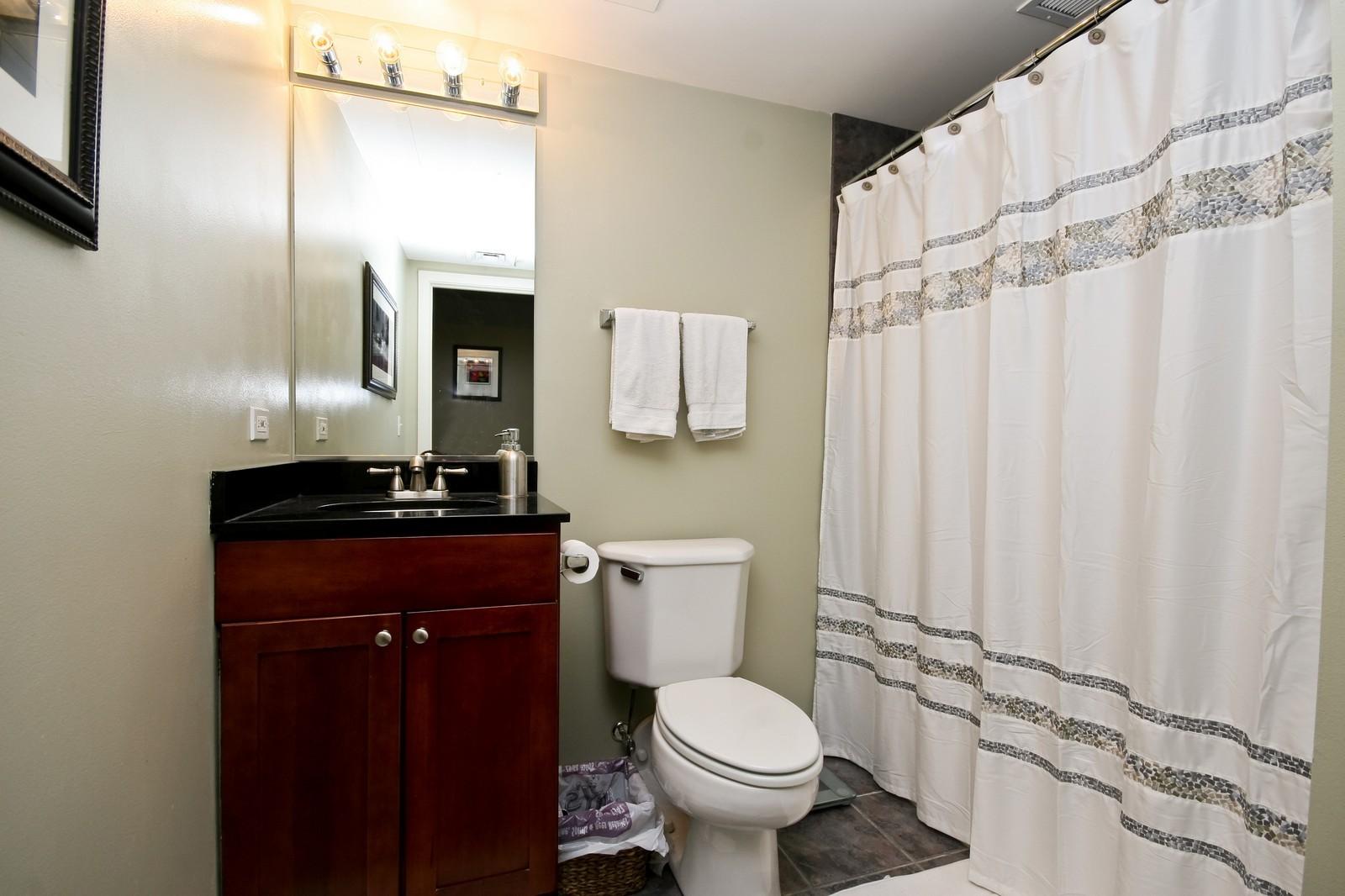 Real Estate Photography - 208 W Washington, Unit 2207, Chicago, IL, 60606 - Bathroom