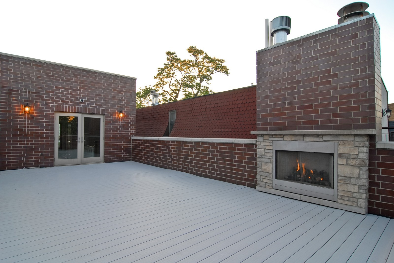 Real Estate Photography - 2663 N Burling, Chicago, IL, 60614 - Roof Deck