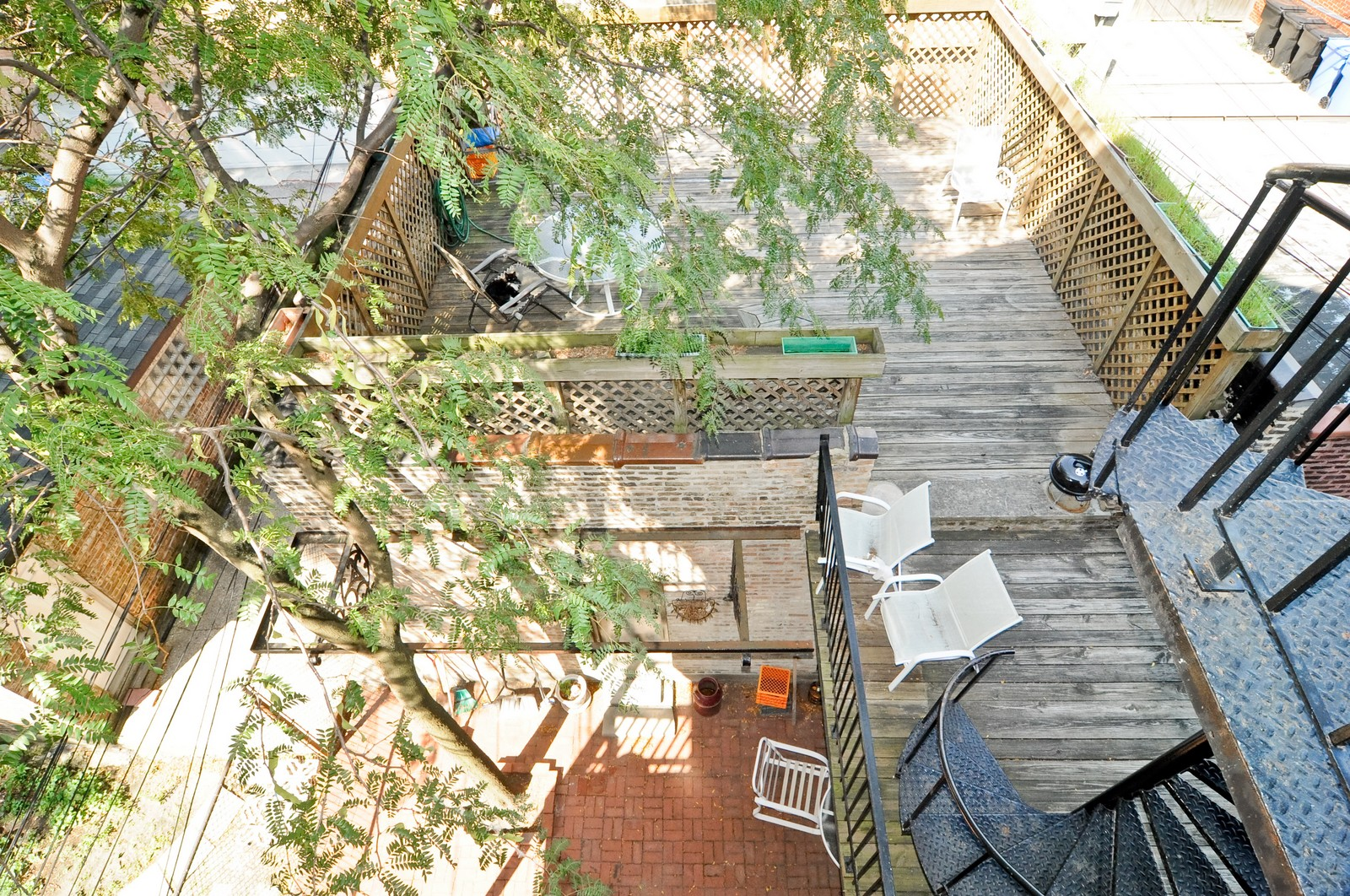 Real Estate Photography - 2030 N Orleans, Chicago, IL, 60614 - Roof Deck