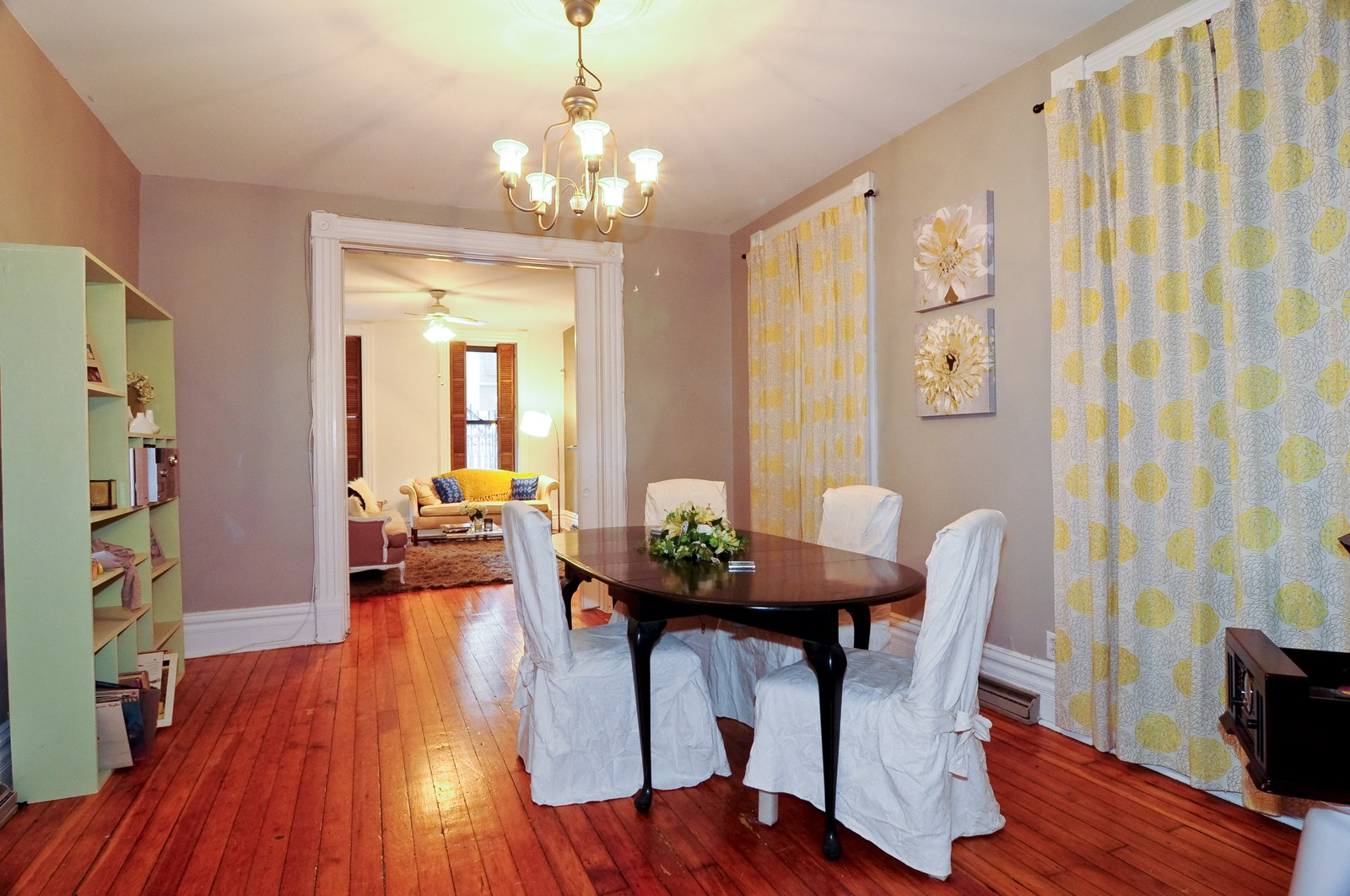 Real Estate Photography - 2030 N Orleans, Chicago, IL, 60614 - Dining Room