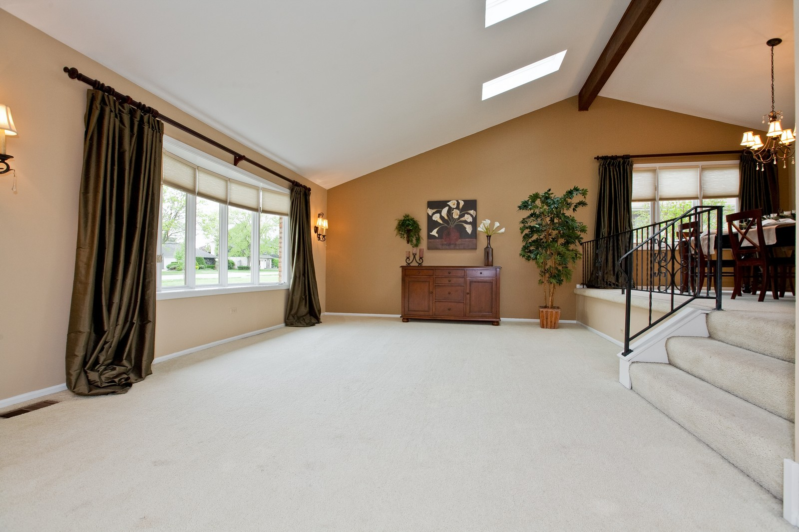 Real Estate Photography - 16W648 90th Street, Willowbrook, IL, 60527 - Living Room