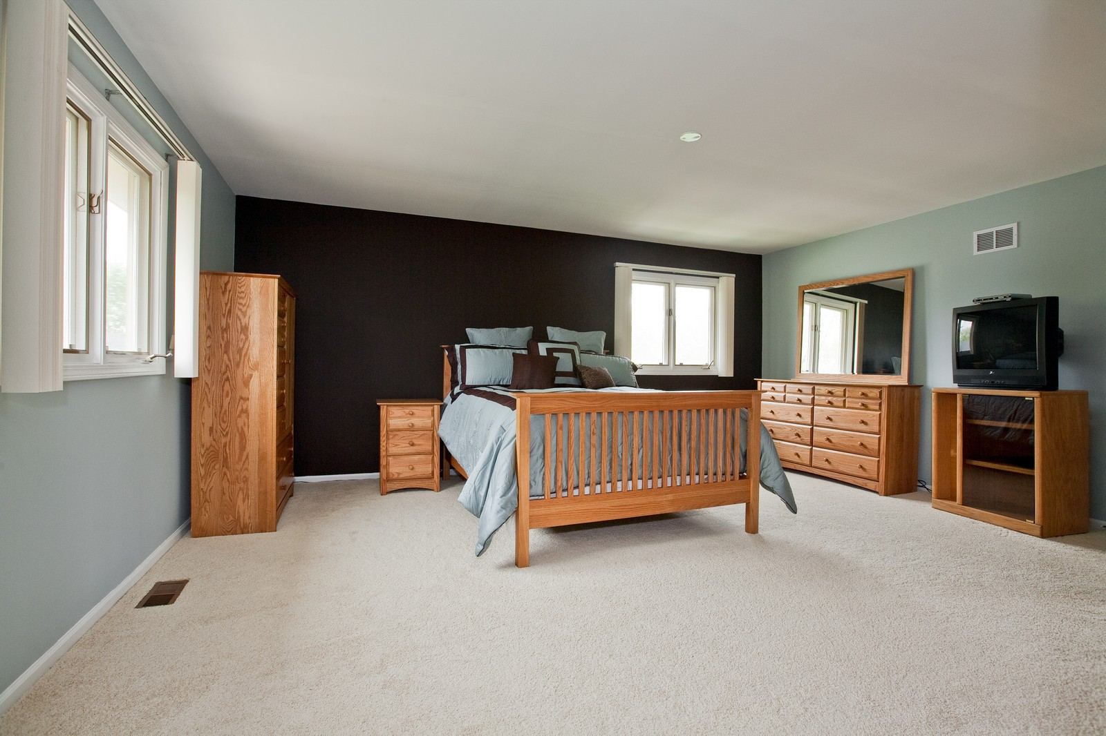 Real Estate Photography - 16W648 90th Street, Willowbrook, IL, 60527 - Master Bedroom