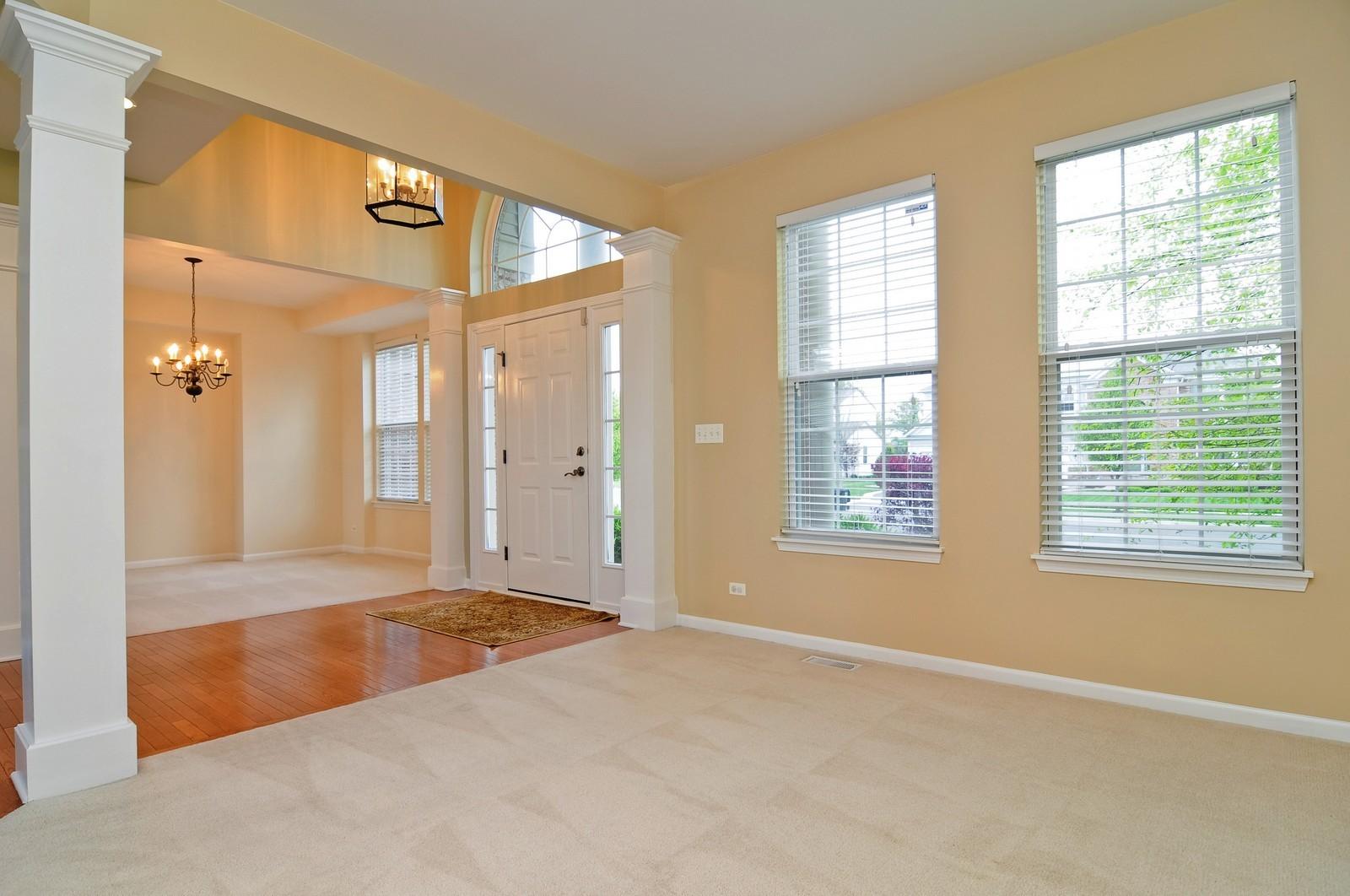 Real Estate Photography - 1580 McClellan Dr., Lindenhurst, IL, 60046 - Living Room