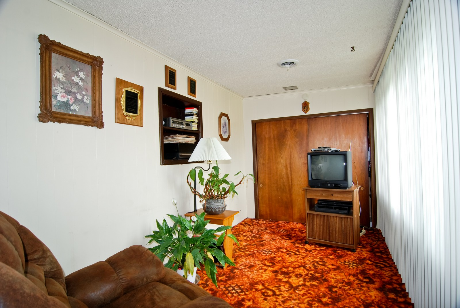 Real Estate Photography - 2563 Clarke Street, River Grove, IL, 60171 - Family Room