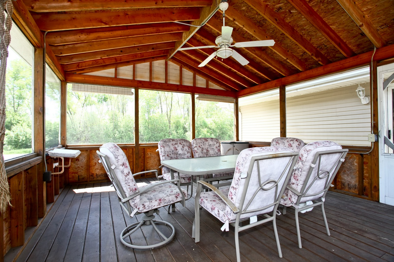 Real Estate Photography - 26W464 Cooley, Winfield, IL, 60190 - Sun Room
