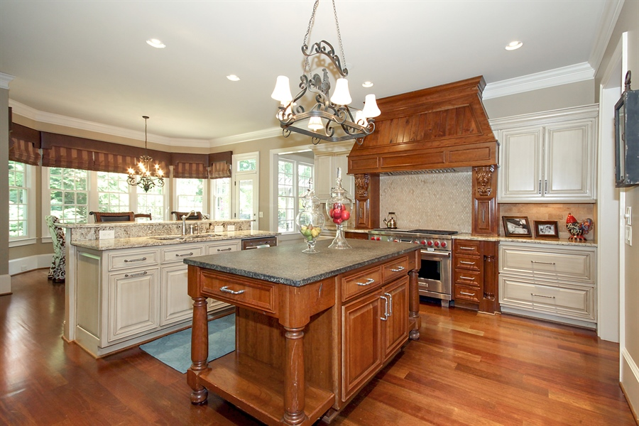 Real Estate Photography - 2853 Thurleston Lane, Duluth, GA, 30097 - Kitchen