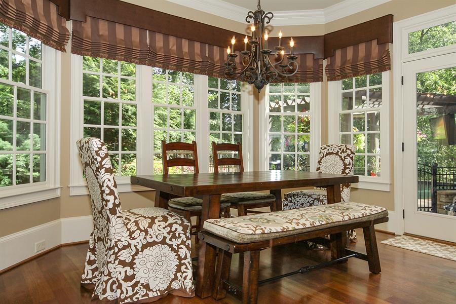 Real Estate Photography - 2853 Thurleston Lane, Duluth, GA, 30097 - Breakfast Room