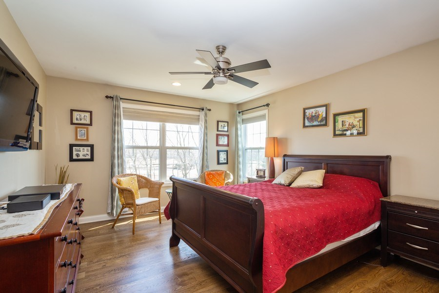 Real Estate Photography - 449 Birmingham Ln, Schaumburg, IL, 60193 - 2nd Bedroom