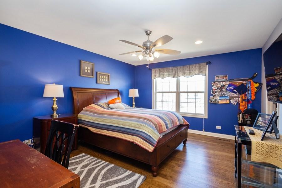 Real Estate Photography - 449 Birmingham Ln, Schaumburg, IL, 60193 - 3rd Bedroom