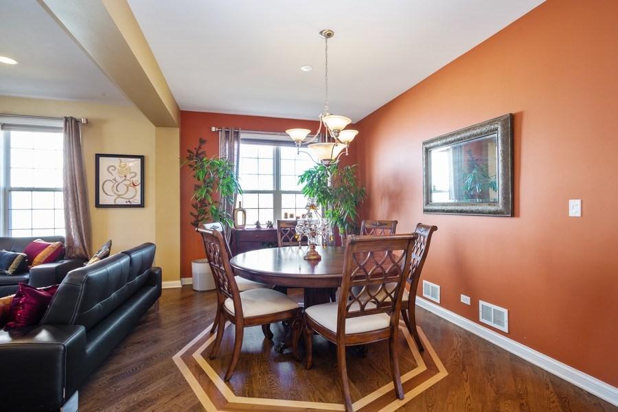 Real Estate Photography - 449 Birmingham Ln, Schaumburg, IL, 60193 - Dining Room
