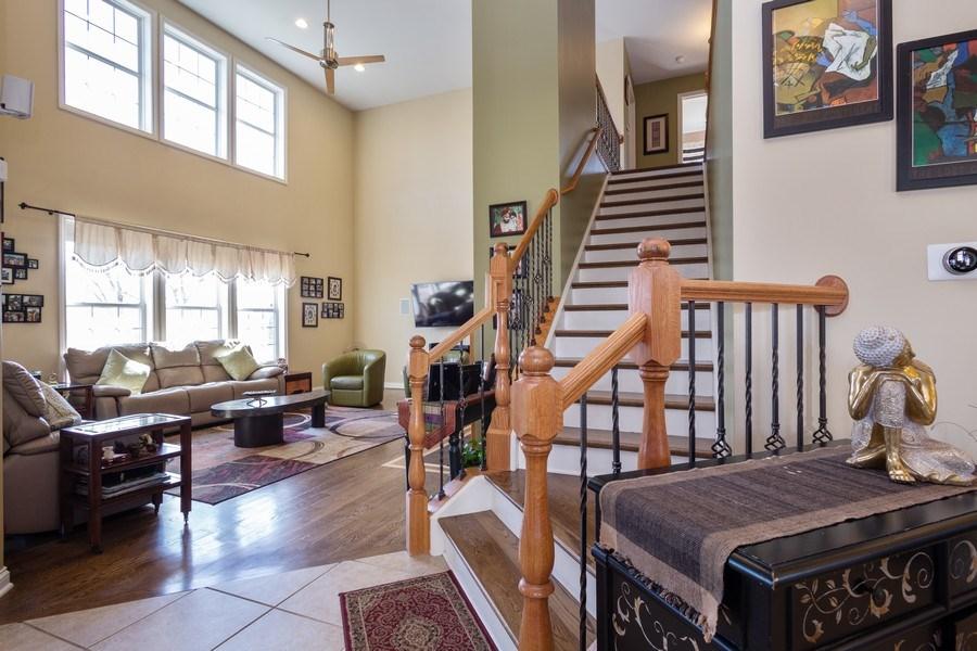 Real Estate Photography - 449 Birmingham Ln, Schaumburg, IL, 60193 - Family Room