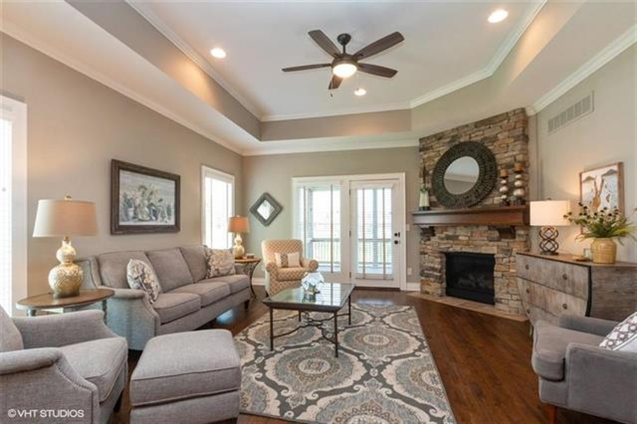Real Estate Photography - 11539 S Waterford Dr, Olathe, KS, 66061 - Location 2