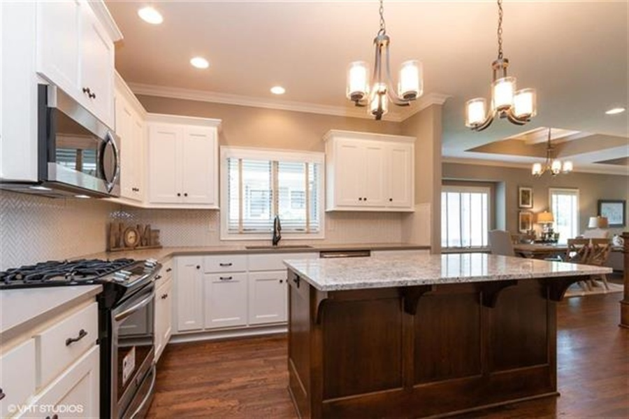 Real Estate Photography - 11539 S Waterford Dr, Olathe, KS, 66061 - Location 10