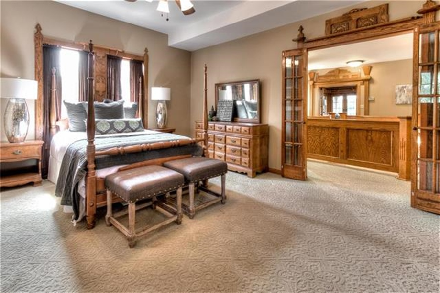 Real Estate Photography - 11777 NW Crooked Rd, Kansas City, MO, 64152 - Location 20