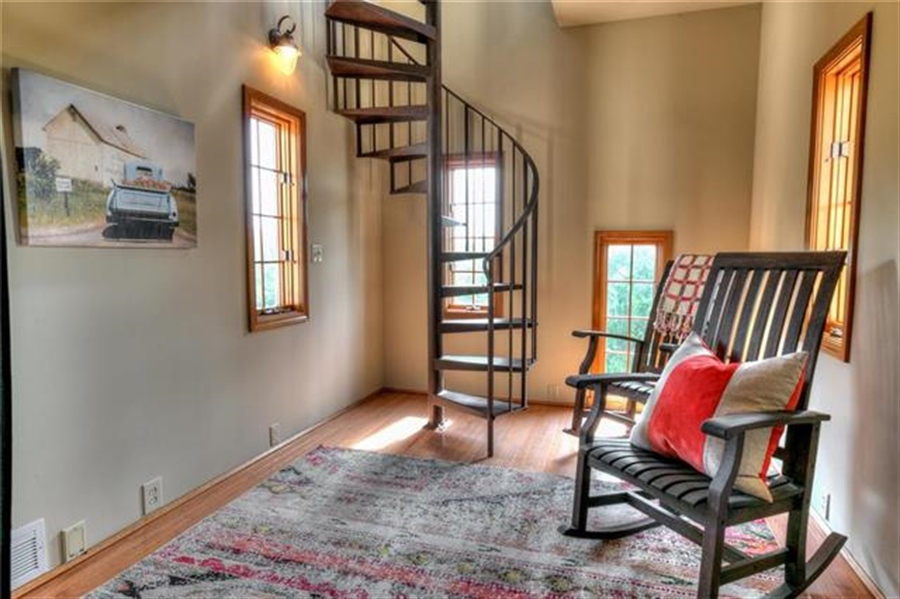 Real Estate Photography - 11777 NW Crooked Rd, Kansas City, MO, 64152 - Location 29