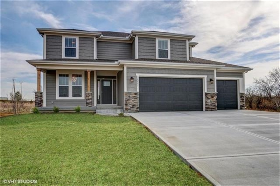 Real Estate Photography - 16505 S Lyons St, Gardner, KS, 66030 - Location 1