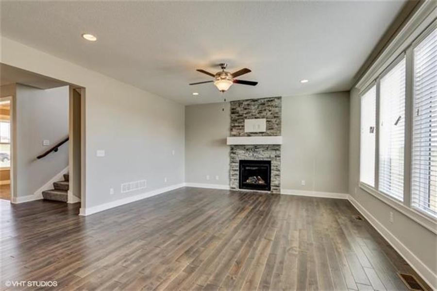 Real Estate Photography - 16505 S Lyons St, Gardner, KS, 66030 - Location 4