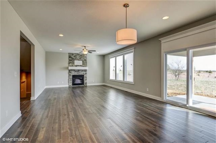 Real Estate Photography - 16505 S Lyons St, Gardner, KS, 66030 - Location 6