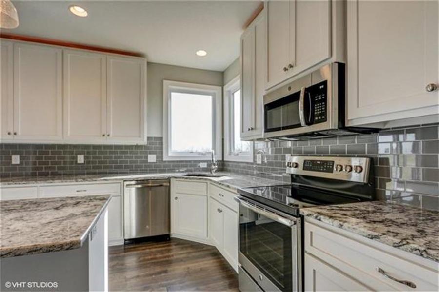 Real Estate Photography - 16505 S Lyons St, Gardner, KS, 66030 - Location 9