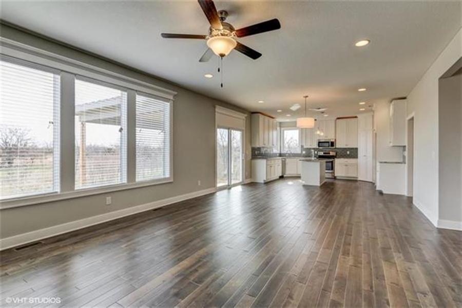 Real Estate Photography - 16505 S Lyons St, Gardner, KS, 66030 - Location 10