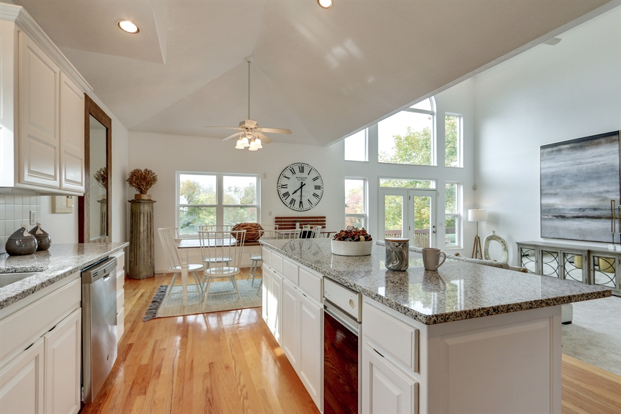 Real Estate Photography - 70 L Lakeshore Drive, Lake Lottowana, MO, 64086 - Kitchen / Living Room