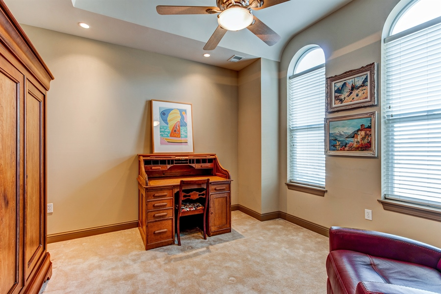 Real Estate Photography - 3800 N. Mulberry, 301, Kansas City, MO, 64116 - Kids Bedroom