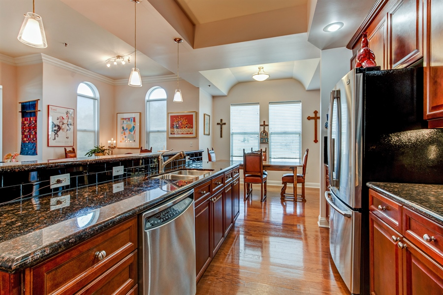 Real Estate Photography - 3800 N. Mulberry, 301, Kansas City, MO, 64116 - Kitchen / Dining Room