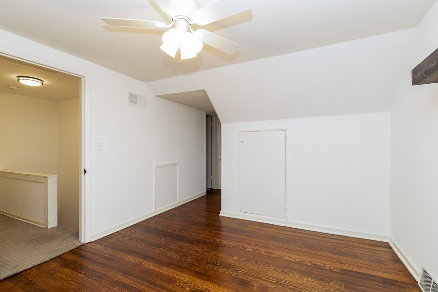 Real Estate Photography - 1224 w 70th street, kansas city, MO, 64113 - Bedroom