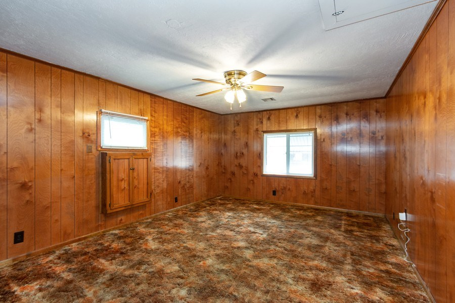 Real Estate Photography - 3714 Shawnee Dr, Kansas City, KS, 66106 - Family Room