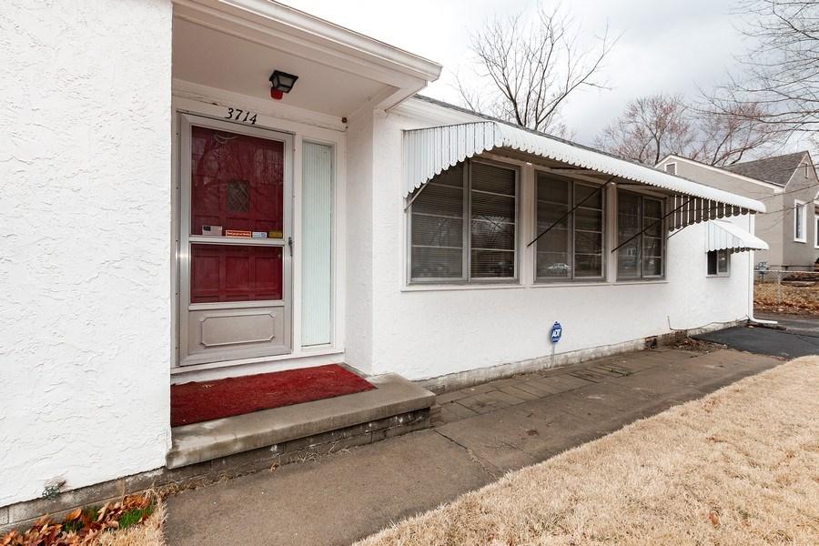 Real Estate Photography - 3714 Shawnee Dr, Kansas City, KS, 66106 - Front View