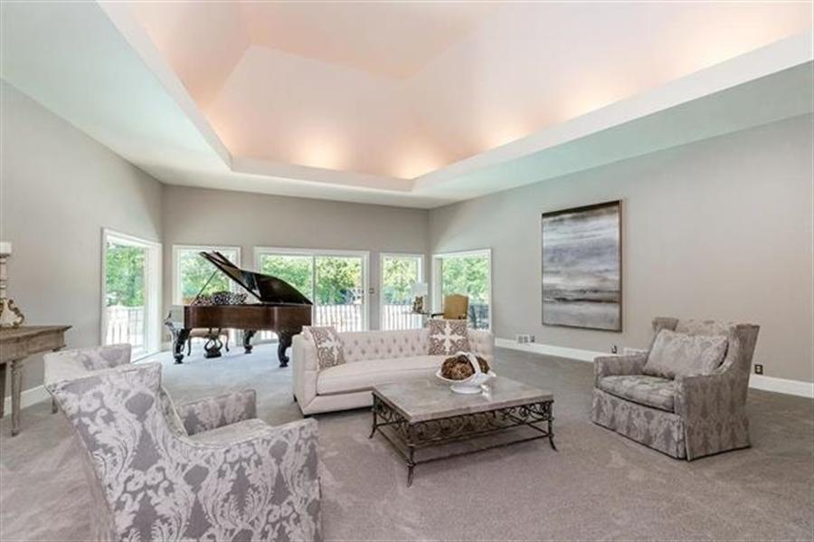 Real Estate Photography - 8700 Alhambra St, Prairie Village, KS, 66207 - Location 6