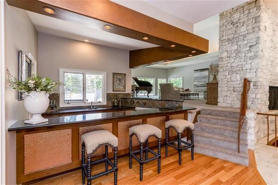 Real Estate Photography - 8700 Alhambra St, Prairie Village, KS, 66207 - Location 11