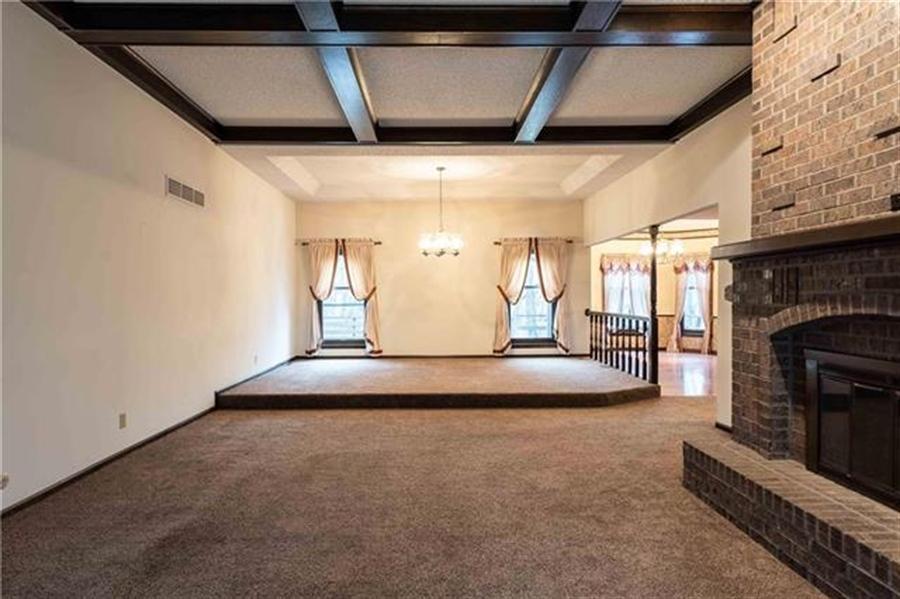 Real Estate Photography - 144 Tiblow Ln, Bonner Springs, KS, 66012 - Location 8