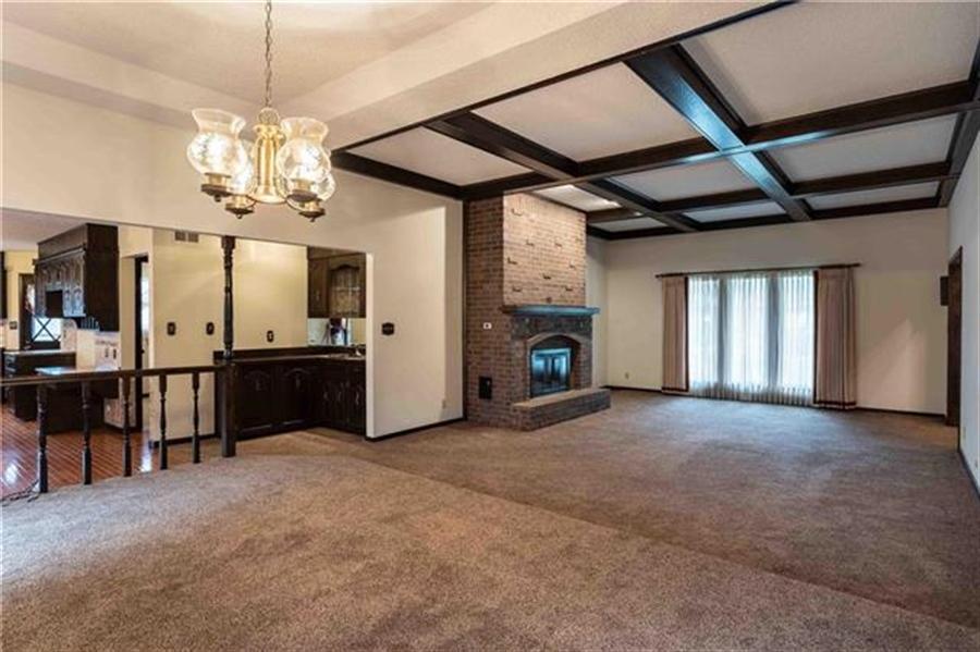 Real Estate Photography - 144 Tiblow Ln, Bonner Springs, KS, 66012 - Location 10