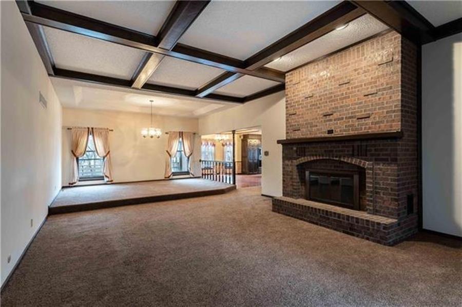 Real Estate Photography - 144 Tiblow Ln, Bonner Springs, KS, 66012 - Location 11