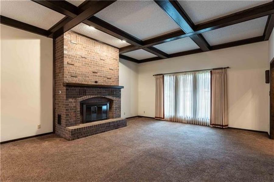 Real Estate Photography - 144 Tiblow Ln, Bonner Springs, KS, 66012 - Location 12
