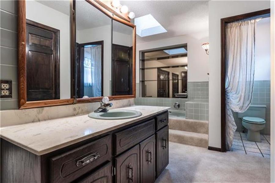 Real Estate Photography - 144 Tiblow Ln, Bonner Springs, KS, 66012 - Location 18