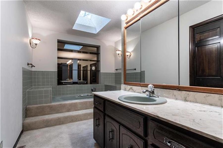 Real Estate Photography - 144 Tiblow Ln, Bonner Springs, KS, 66012 - Location 19