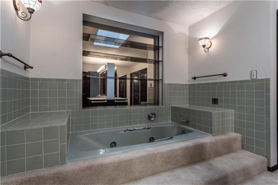 Real Estate Photography - 144 Tiblow Ln, Bonner Springs, KS, 66012 - Location 20
