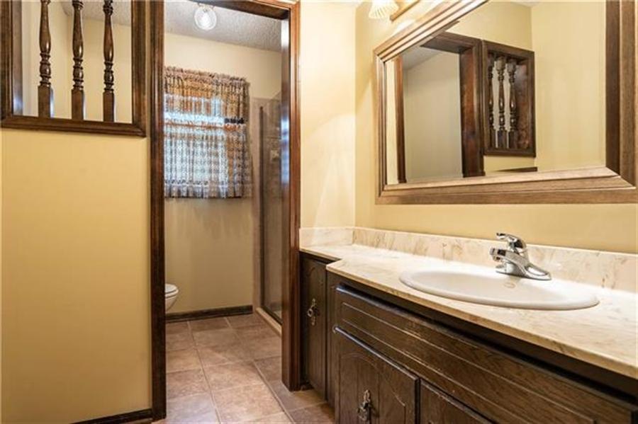 Real Estate Photography - 144 Tiblow Ln, Bonner Springs, KS, 66012 - Location 22