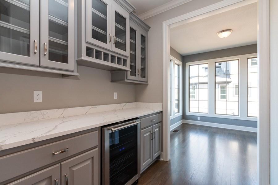 Real Estate Photography - 16200 Stearns St., Overland Park, KS, 66221 - Bar