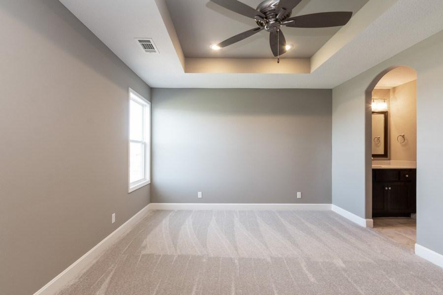 Real Estate Photography - 16204 Stearns St., Overland Park, KS, 66221 - Kids Bedroom