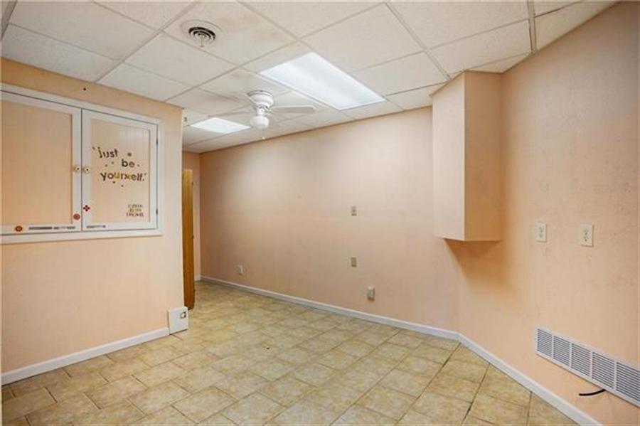 Real Estate Photography - 3107 N 128th St, Kansas City, KS, 66109 - Location 22