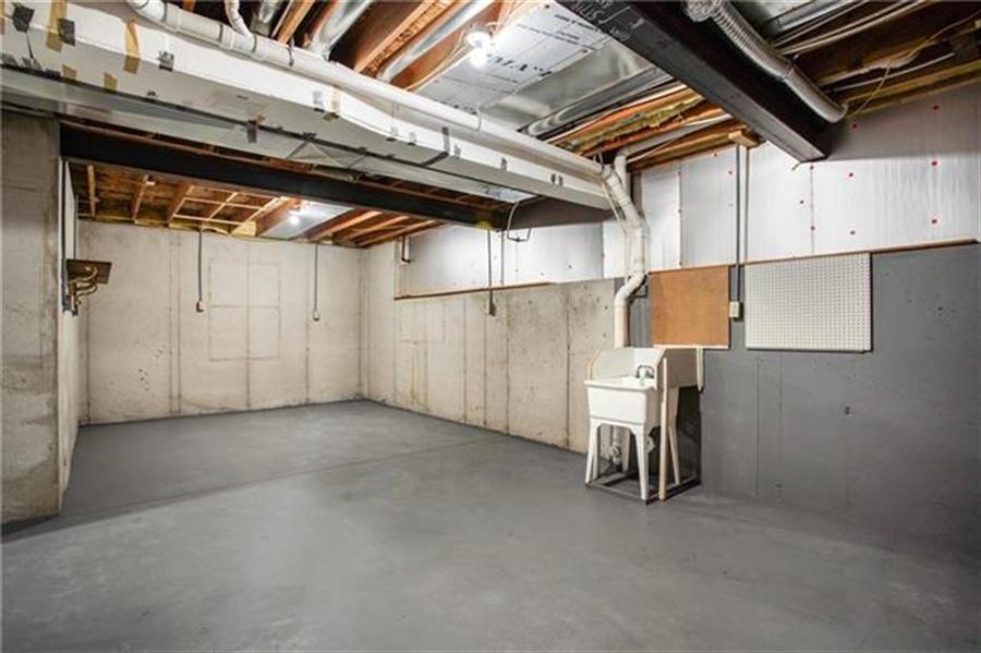 Real Estate Photography - 3107 N 128th St, Kansas City, KS, 66109 - Location 23