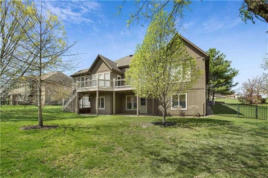 Real Estate Photography - 3107 N 128th St, Kansas City, KS, 66109 - Location 27