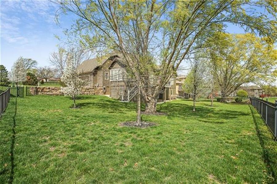 Real Estate Photography - 3107 N 128th St, Kansas City, KS, 66109 - Location 28