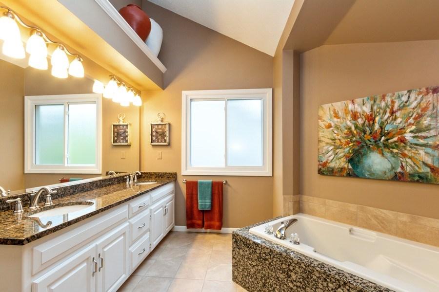 Real Estate Photography - 15238 Hemlcok St, Overland Park, KS, 66223 - Master Bathroom