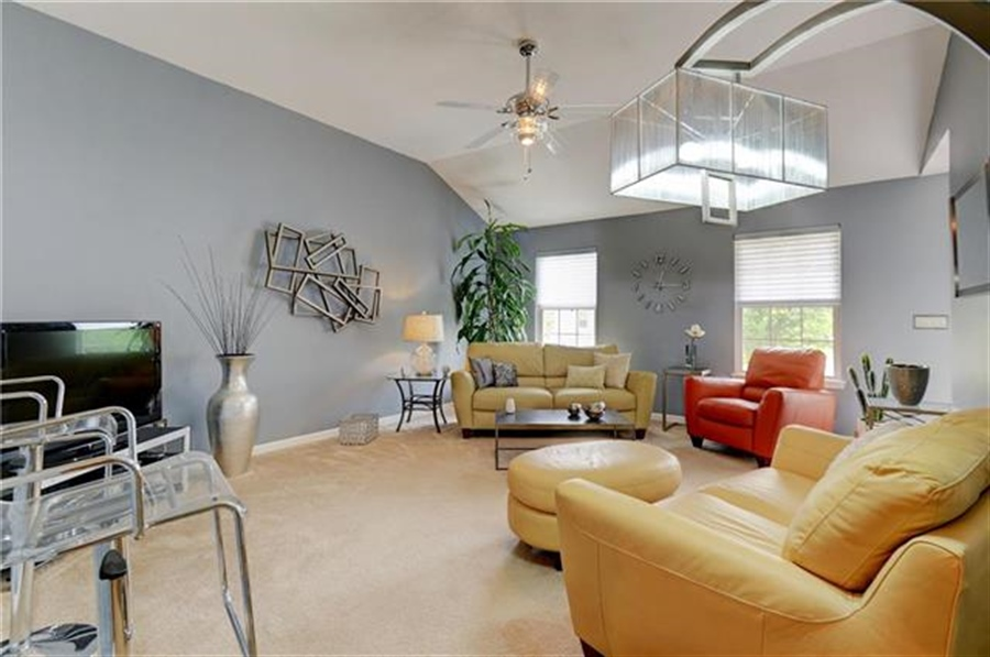 Real Estate Photography - 1104 SW Blackpool Dr, Lees Summit, MO, 64083 - Location 10