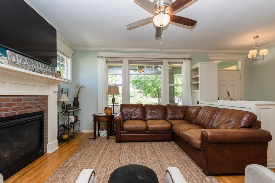 Real Estate Photography - 9001 NE 79th St, Kansas City, MO, 64158 - Living Room
